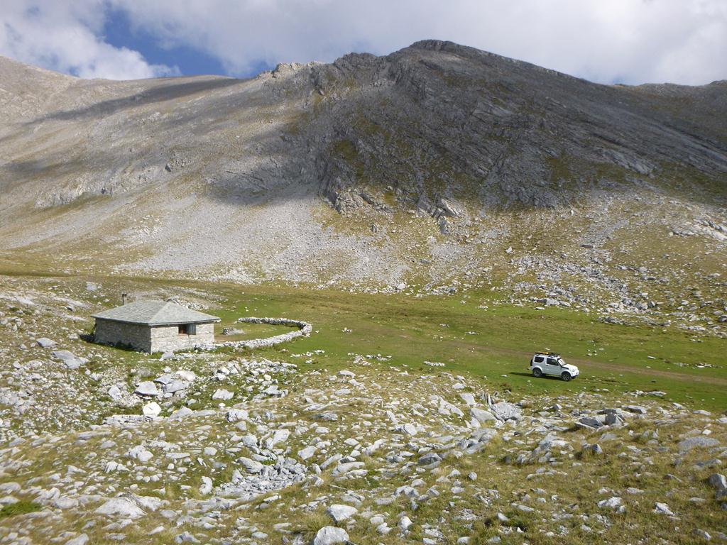 Suzuki Jimny in Olympus Mountain
